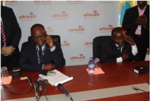 La société Africell revendique (déjà) un million d'abonnés dans News africell1-300x203